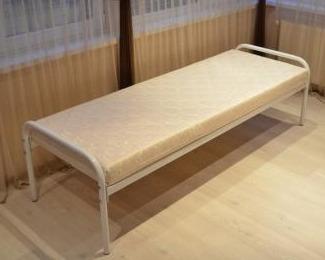 Одноярусные односпальные металлические кровати