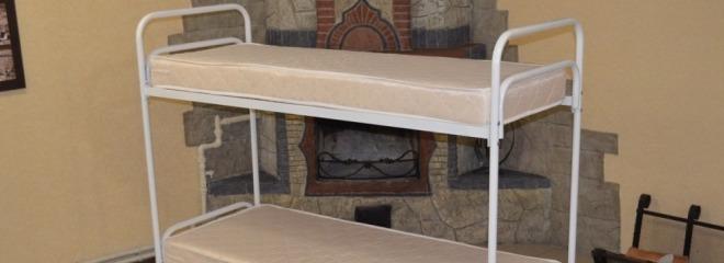 Двухъярусную металлическую кровать